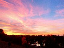 Coucher du soleil au-dessus du parc Images libres de droits