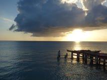 Coucher du soleil au dock, Porto Rico Images stock