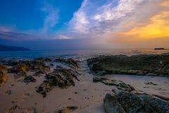Coucher du soleil au havelock de plage de Radhanagar image stock