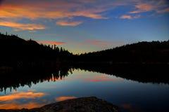 Coucher du soleil au lac star Images stock