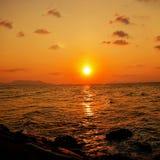 Coucher du soleil au Naga d'Alue Image libre de droits