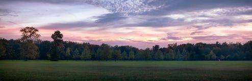 Coucher du soleil au parc de Monza images libres de droits