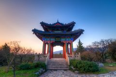 Coucher du soleil au pavillon de Boai Photographie stock libre de droits