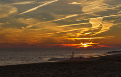 Coucher du soleil au rivage de New Jersey de point de Cape May Image libre de droits