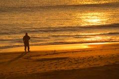 Coucher du soleil avec la silhouette Photographie stock libre de droits