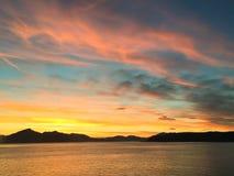 Coucher du soleil avec la vue d'Alaska Photos libres de droits