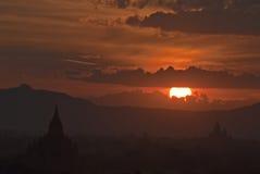 Coucher du soleil Bagan Images stock