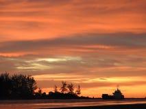 Coucher du soleil chaud de plage du Brunei KB Image stock