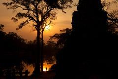 Coucher du soleil chez Anghor Thom Images libres de droits