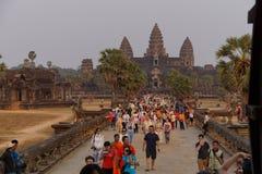 Coucher du soleil chez Angkor Vat photographie stock libre de droits