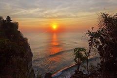 Coucher du soleil chez Bali Photographie stock