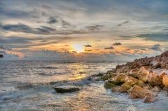 Coucher du soleil chez Boca Grande Beach, la Floride photographie stock