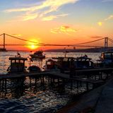 Coucher du soleil chez Bosphorus Photo stock