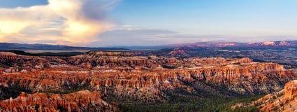 Coucher du soleil chez Bryce National Park Image libre de droits