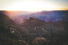 Coucher du soleil chez Grand Canyon Arizona Etats-Unis image libre de droits