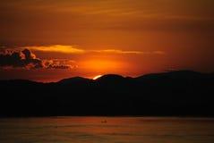 Coucher du soleil chez la Thaïlande photographie stock libre de droits
