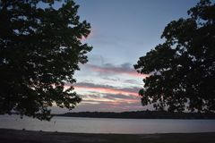 Coucher du soleil chez Marina Park à la valeur de lac à Fort Worth le Texas Images stock