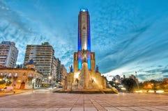 Coucher du soleil chez Monumento une La Bandera à Rosario Photo libre de droits