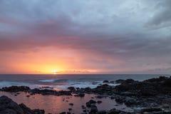 Coucher du soleil chez playa de cotillo, Fuerteventura, Îles Canaries images libres de droits