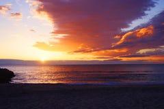 Coucher du soleil chez Santa Barbara Channel photographie stock libre de droits