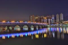 coucher du soleil chez Sha Tin Festive Lighting Images libres de droits