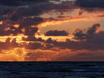 Coucher du soleil chez Ynyslas Images libres de droits