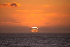 Coucher du soleil coloré de l'Orégon image libre de droits