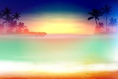 Coucher du soleil coloré de mer avec des palmiers Photo stock