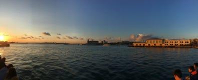 Coucher du soleil d'İstanbul Kadıköy photo stock