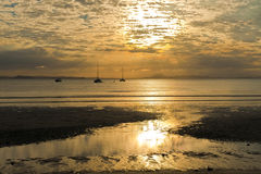 Coucher du soleil d'île Image libre de droits