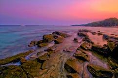 Coucher du soleil d'île Photographie stock