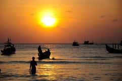 Coucher du soleil d'île de Tao de KOH Photos stock