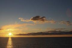 Coucher du soleil d'or Image libre de droits