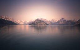 Coucher du soleil d'Alaska Photos stock