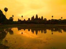 Coucher du soleil d'Angkor Wat Photo libre de droits