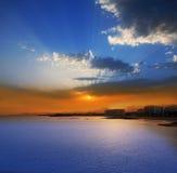 Coucher du soleil d'Arrecife Lanzarote en plage de Reducto Photos libres de droits