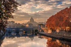 Coucher du soleil d'automne de St Peter Photo stock