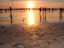 Coucher du soleil d'or chez Bali Photo libre de droits