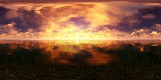 Coucher du soleil d'or dans l'océan Photo libre de droits
