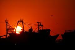 coucher du soleil d'essaouira de plage photos stock