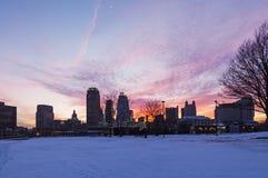 Coucher du soleil d'hiver à Kansas City photos stock