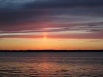 Coucher du soleil d'hiver de chute au-dessus d'île Michigan de Grosse Photo libre de droits