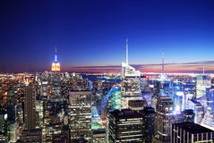 Coucher du soleil d'horizon de New York City Manhattan Photo stock