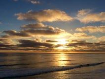 Coucher du soleil 1 d'océan d'été Photo stock