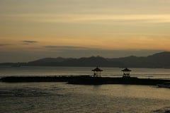 Coucher du soleil dans Bali, Indonésie Photographie stock libre de droits