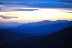 Coucher du soleil dans Carolina Mountains du nord Photographie stock libre de droits