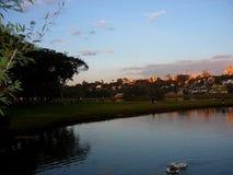 Coucher du soleil dans Curitiba Image libre de droits