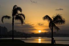 Coucher du soleil dans Florianopolis Image stock