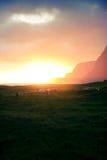 Coucher du soleil dans Hoddevika Photographie stock