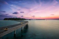 Coucher du soleil dans l'Océan Indien Image stock